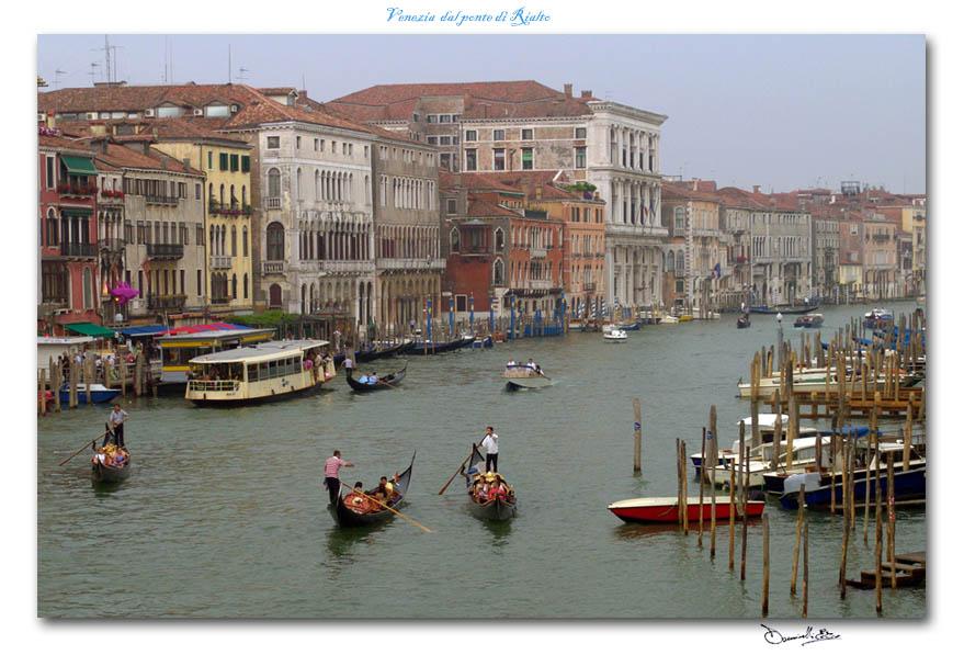 Venezia, vista dal ponte di Rialto