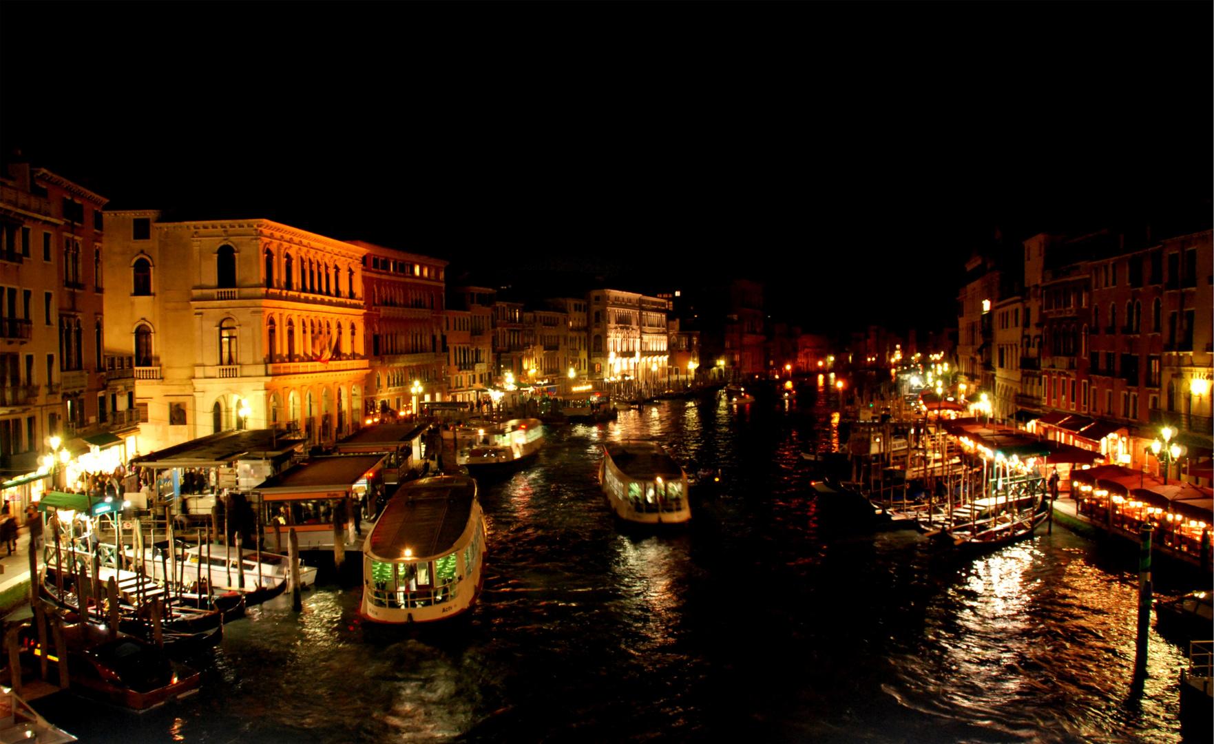 Venezia...dal Ponte di Rialto