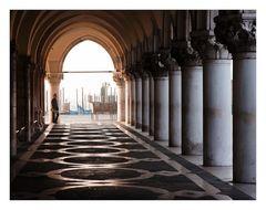 Venezianische Durchblicke