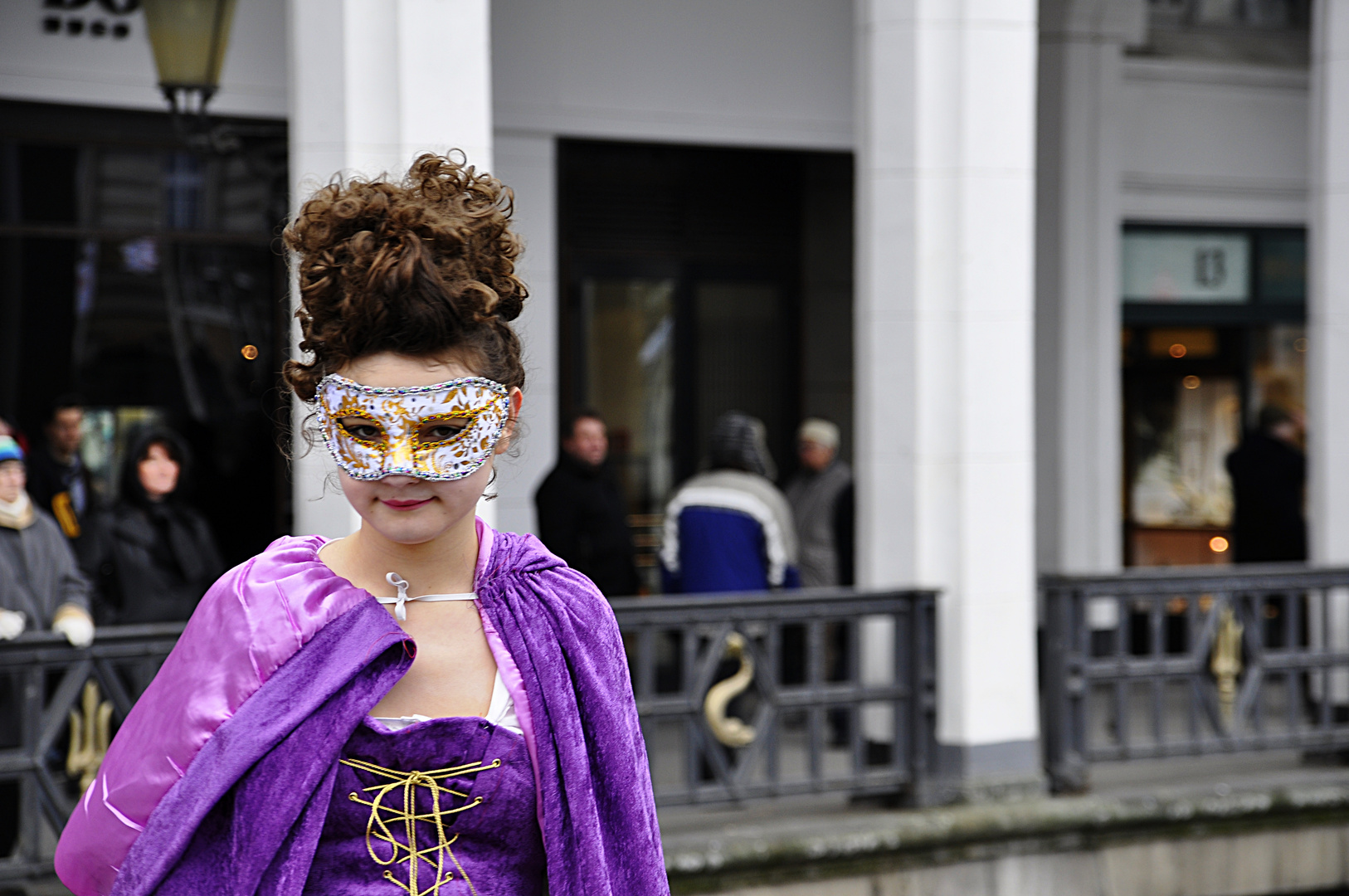 Venezianischer Maskenzauber 2012 - junges Frollein