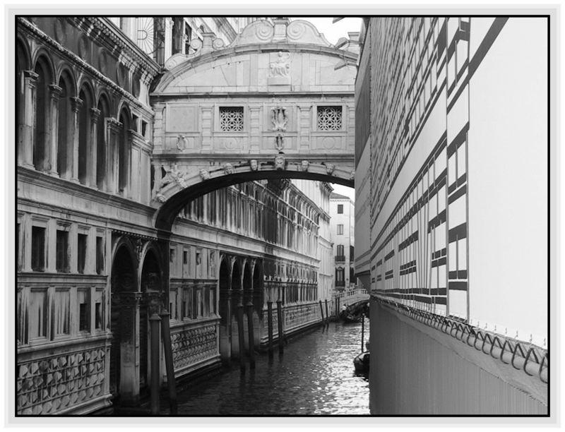 VENICE :The bridge of the sighs