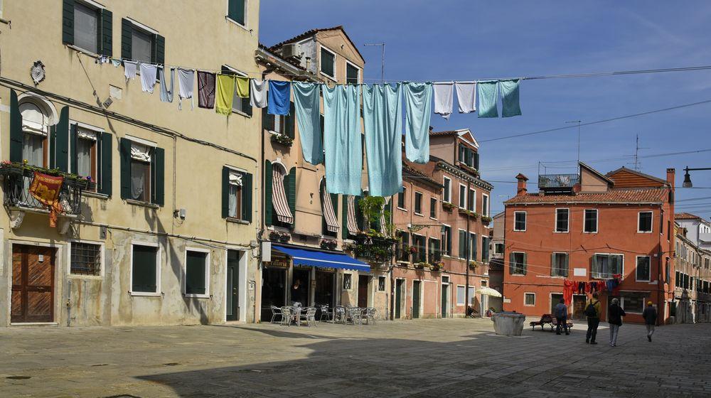 Venice - Wäsche in türkis -