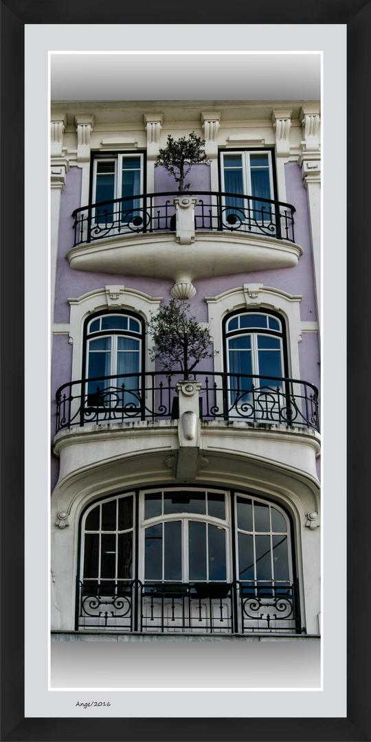 Ventanas y balcones