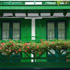 Verde con taburete