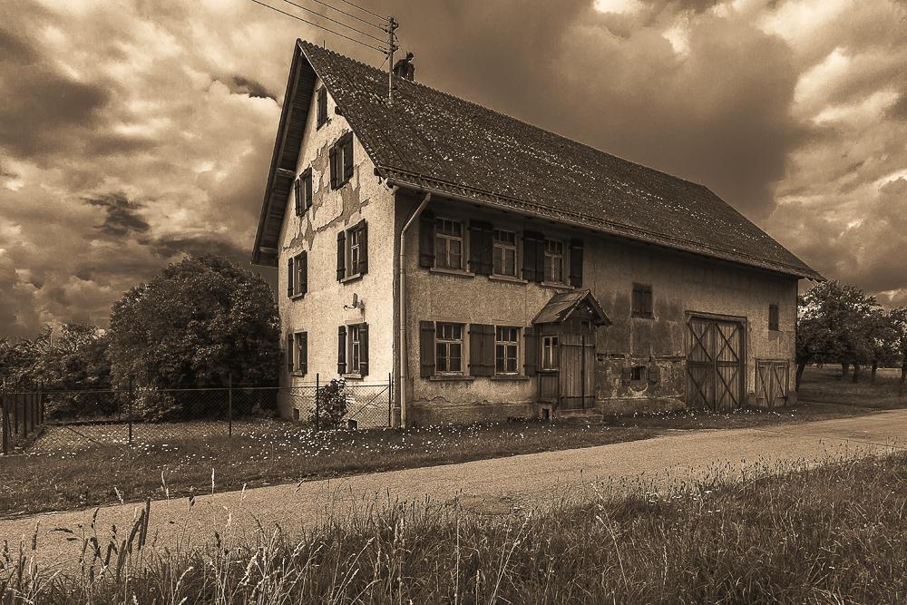Verfallendes Bauernhaus