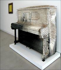 Vergeblicher Versuch Klavier zu spielen ;-)