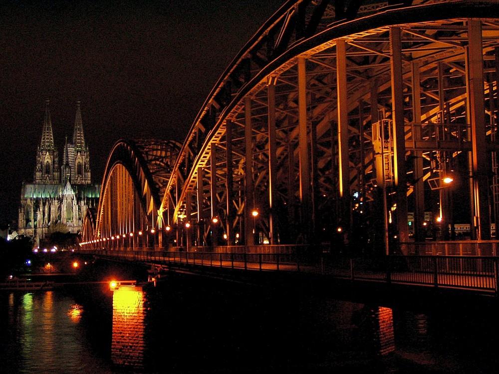 Verkehrswege bei Nacht