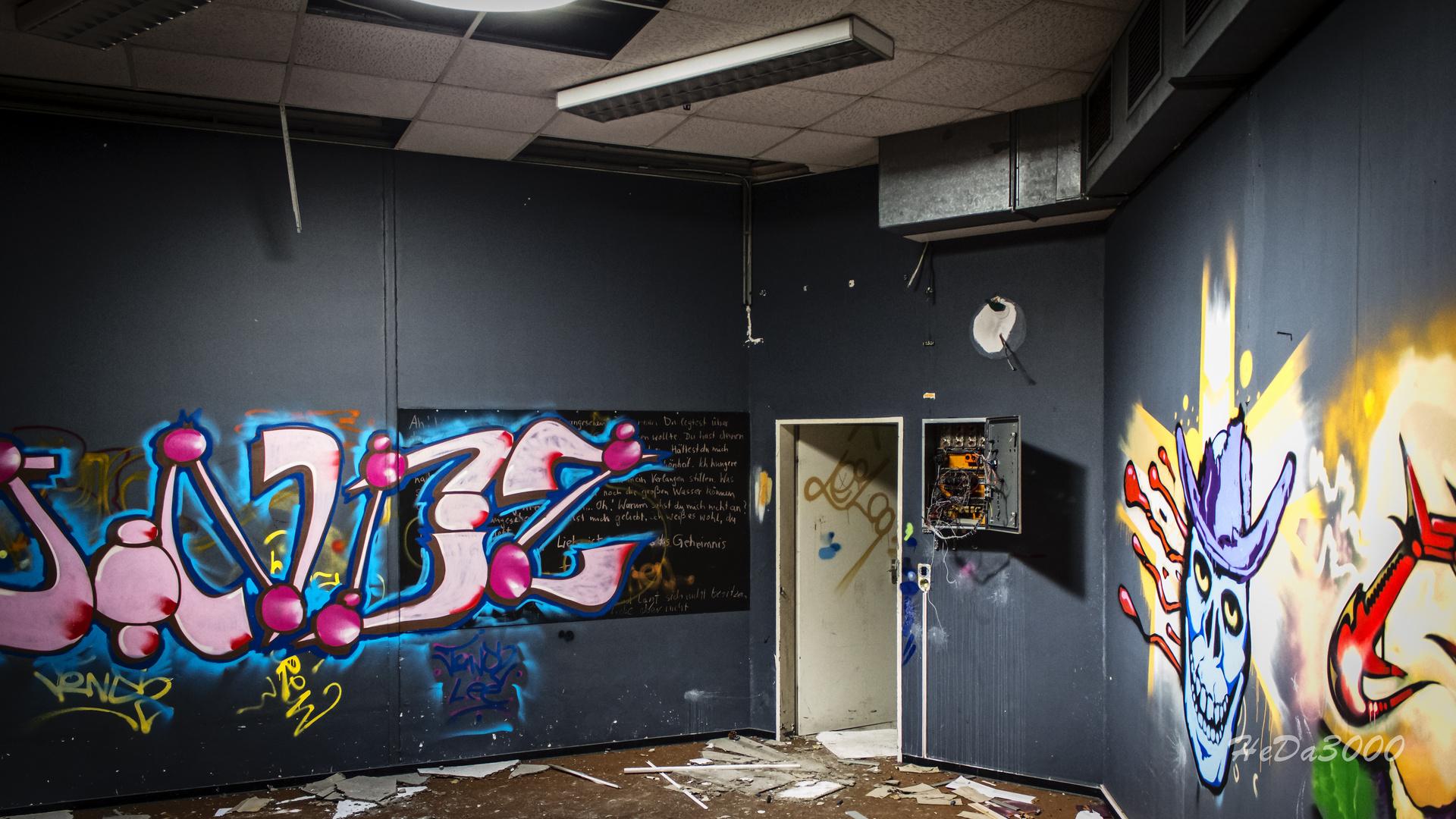 Verlassen 016, Kunst am Bau