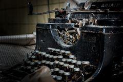 verlassene schreibmaschine
