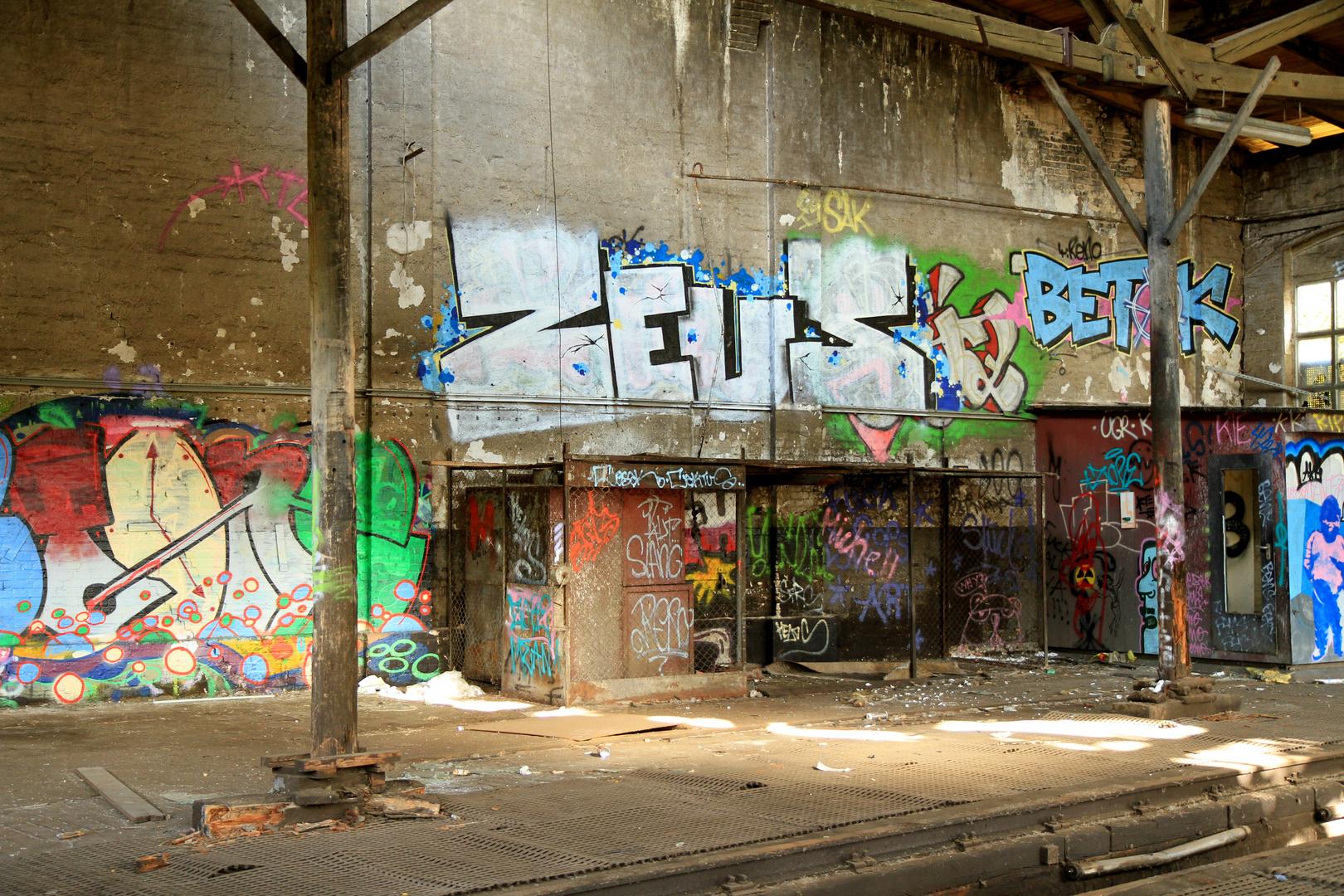 Verlassenes Bahnhofsgelände Graffiti 7