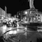 verona piazza brà di notte