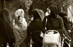 … Versammlungsteilnehmer in NRW 1 ...