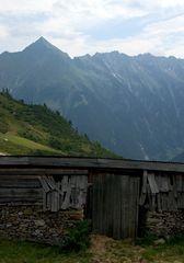 Verschlag in den Bergen