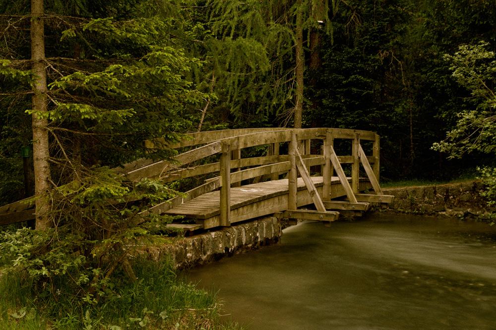 Verstecke Brücke in Parsenn