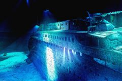 ... verstreut auf dem Meeresboden ... (1)