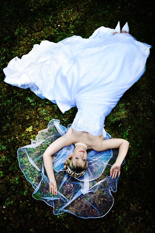 verträumte Braut von oben - mal anders