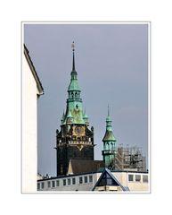 Verwaltungsgebäude am Neumarkt mit Turm (ehemaliges Rathaus Elberfeld)