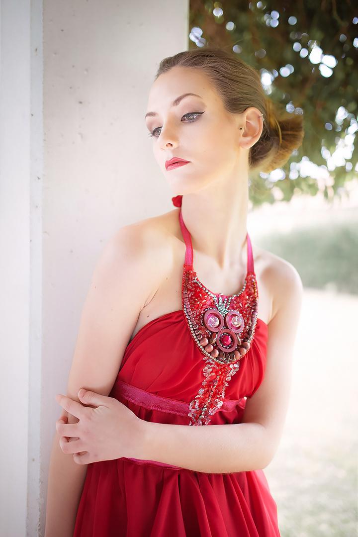 - Vestire Red 4 -