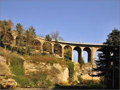 Viadukt über das Petrustal