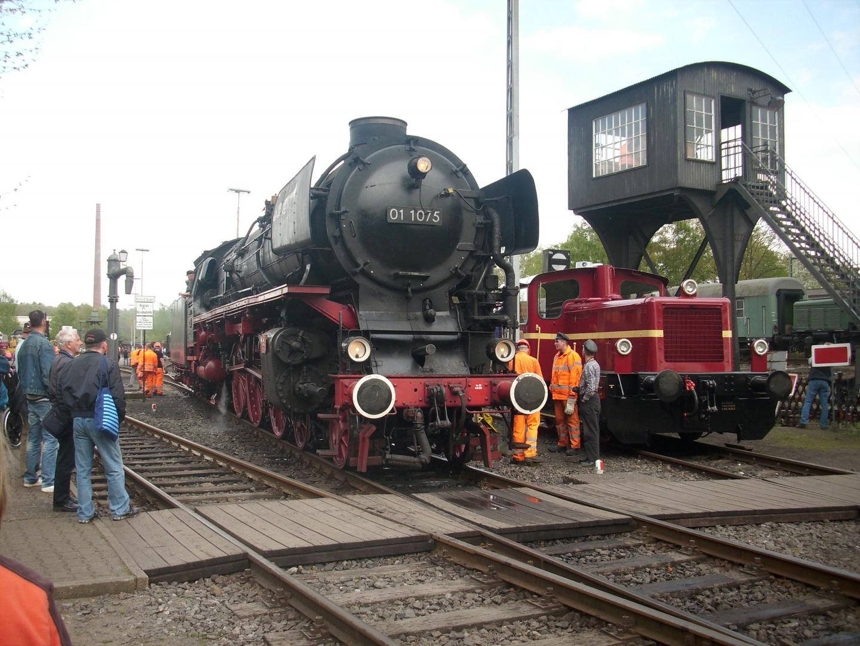 Viel los im Bahnbetriebswerk