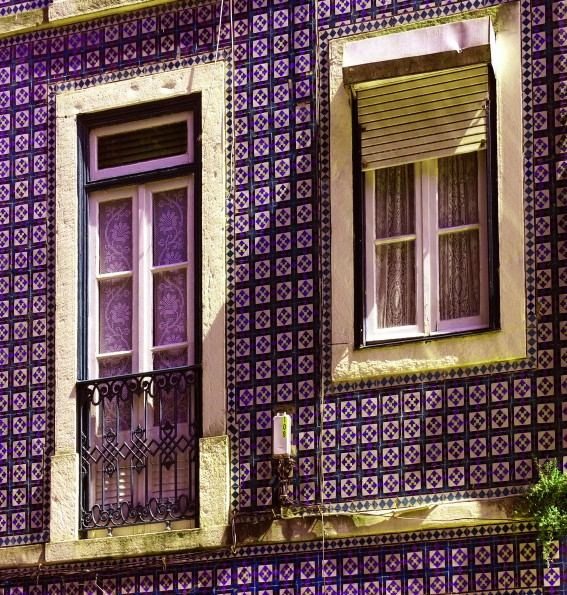 Viele alte Hausfassaden in Portugal sind gekachelt