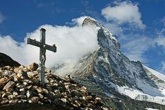 Viele Wege führen zu Gott - manch einer auch über die Berge