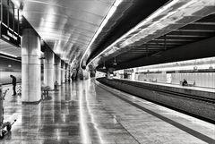 Vienna Airport Station 8.22 a.m.
