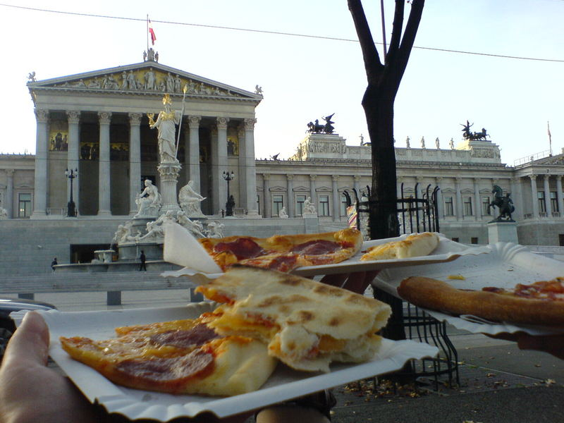 vienna vs. pizza