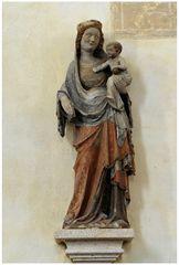 Vierge à 'l'Enfant (Pierre polychrome, XIVe siècle)