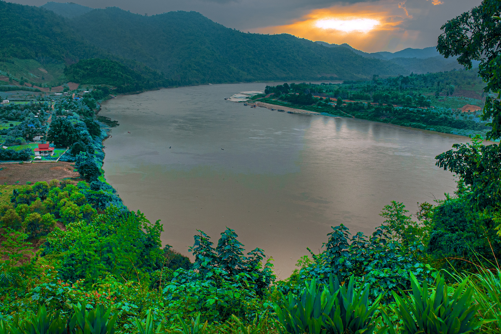 View far into Laos and the Mekong river