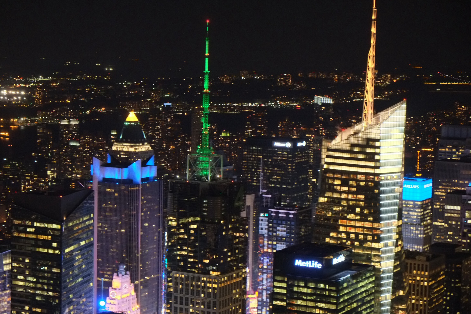 View over Manhattan from Empire State