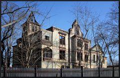 ...Villa CarlsHall...