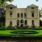 Villa Hahnenburg In Köln-Mülheim