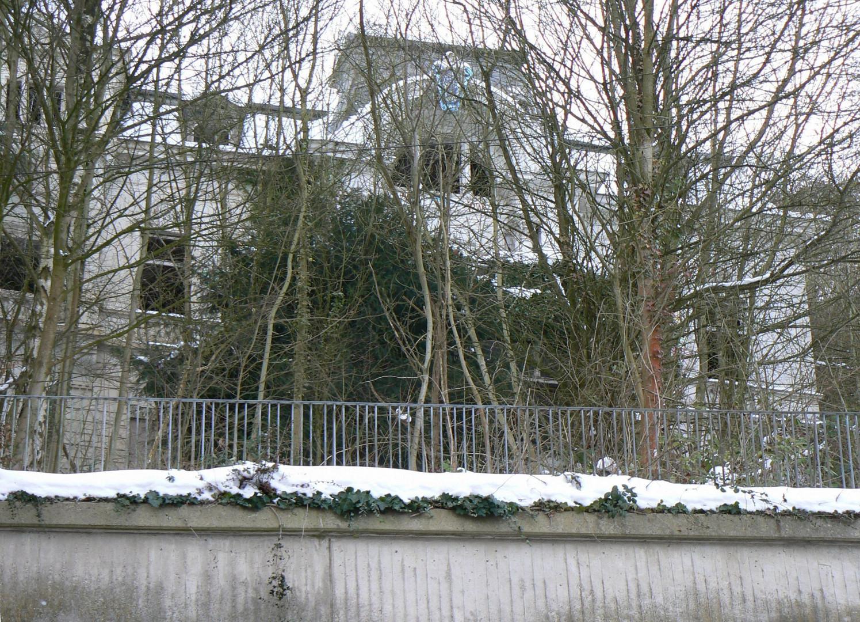 Villa im Schnne