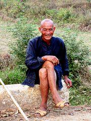 villageois souriant