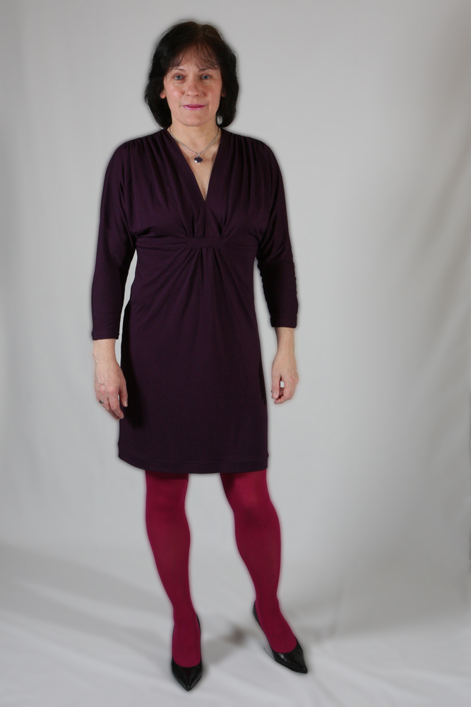 violettes Kleid