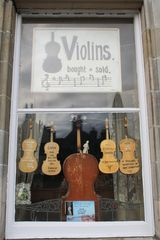 Violins - bought and sold