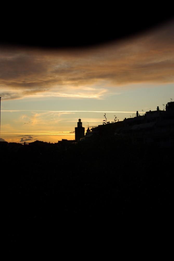Vista al atardecer del Monasterio de Sant Cugat Valles