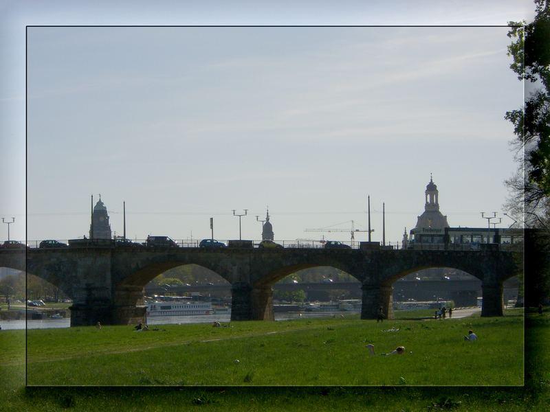 Viva la Weltkulturerbe-Abriß der Albertbrücke...