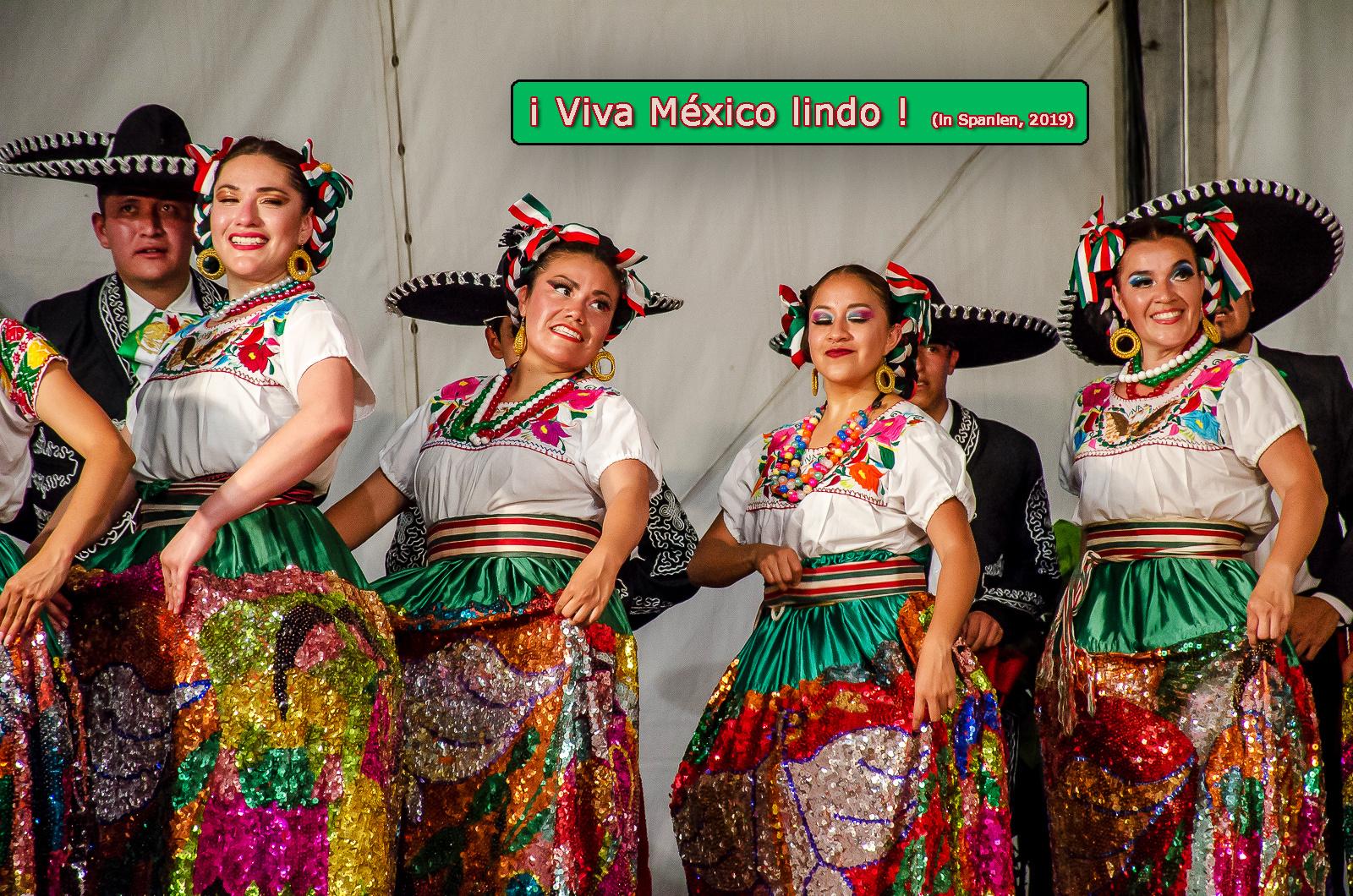 ¡Viva México lindo!