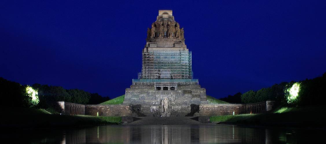 Völkerschlachtdenkmal immer noch im Bau :o(