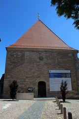 völlig unscheinbar - die Stadtkirche