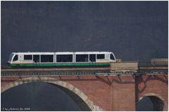 Vogtlandbahn auf der Elstertalbrücke