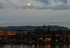 Vollmond am Rhein