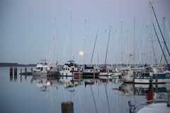 Vollmond Hafen Kloster / Hiddensee