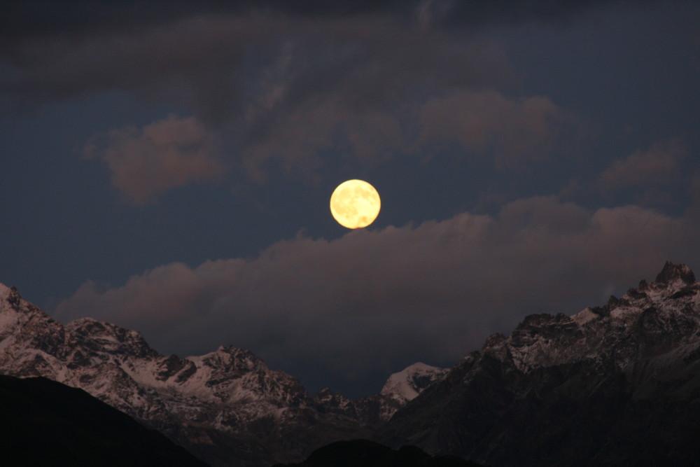 Vollmond in den Alpen(Wallis)