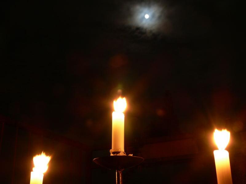 Vollmond + Kerzenlicht = schönes Licht!