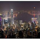 Vollmond über Hongkong