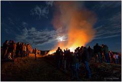 Vollmond und Osterfeuer in Berleburg