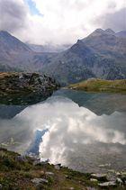 Vom großen Himmel im kleinen See